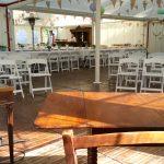 Terrasstoel biertap[ bar koelkast steigerhout Evento Stoel tafel statafel barkruk partymateriaal huren EVENTO